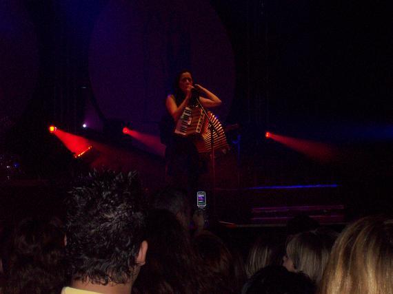 Julieta Venegas dio un magnífico concierto en Zaragoza